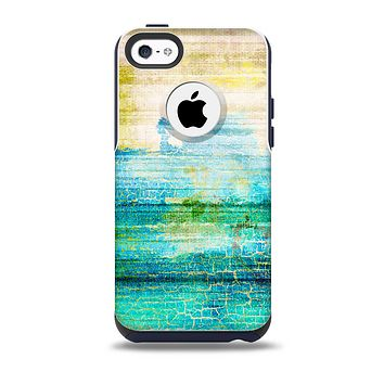 The Faded and Cracked Green Paint Skin for the iPhone 5c OtterBox Commuter Case
