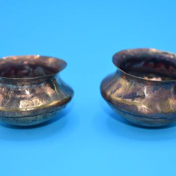 Miniature Copper Planter Pair Vintage Dollhouse Copper Flower Pots Fairy Garden Terrarium Decor Primitive Copper Pots Diorama Accessory
