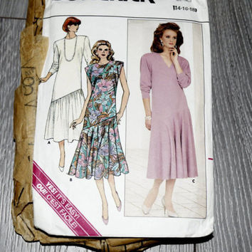 Butterick 3958 Sewing Pattern Misses' Easy Dresses, Sizes 14-18,Semi-Fitted A-Line Dress or Tunic in Size 16 with Optional,Vintage 70s