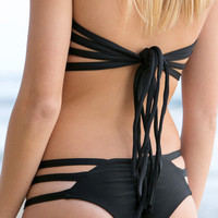 The Girl and The Water - Issa de Mar - Sorrento Bikini Top / Black - $62