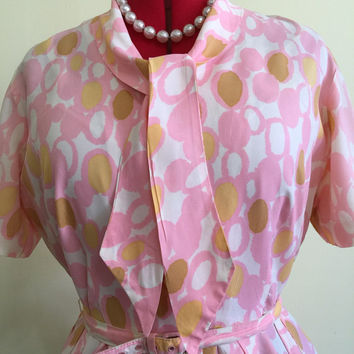 1950s Pink and Yellow Abstract Dot Pleated Skirt Dress with Pussybow