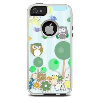 The Colorful Emotional Cartoon Owls in the Trees Skin For The iPhone 5-5s Otterbox Commuter Case