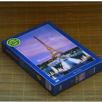Free Shipping Paris Eiffel Tower 300 Pieces Glow In The Dark Jigsaw Puzzle 26x38cm Home Decoration Art Luminous Paper Puzzle
