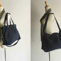 SALE - Mia in Navy blue // shoulder bag / messenger bag / diaper bag / School bag / laptop / tote bag / women / For Her