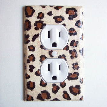 Cheetah Animal Print Outlet Plate, wall decor