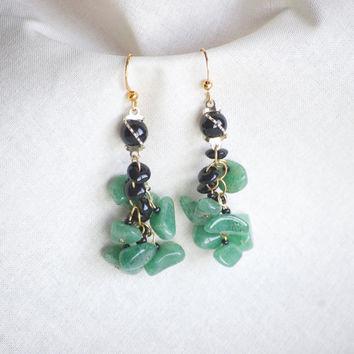 Aventurine Green Stone Crystal Earrings with black glass beads and golden rings - Dangle Earrings - outdoor Wedding - casual Earrings