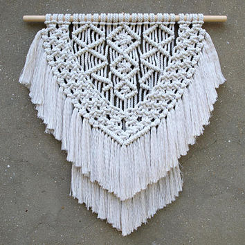Modern macrame wall hanging Weaving wall decor Boho decor Medium size macrame Bohemian wall tapestry