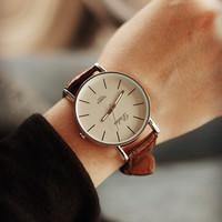 Comfortable Vintage Fashion Quartz Classic Watch Round Ladies Women Men wristwatch On Sales = 4662278852