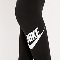 Nike Printed Running Leggings in Black and White - Urban Outfitters