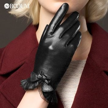 Genuine Leather Gloves Women Fashion Red Brown Short Winter Plus Velvet Thicken Bow knot Lace Real Sheepskin Driving Glove NW176