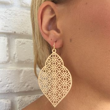 Canterbury Earrings in Gold