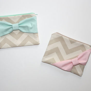 Makeup Bag / Zipper Pouch - Natural Beige Chevron with Mint Bow - Choice of Bow Style