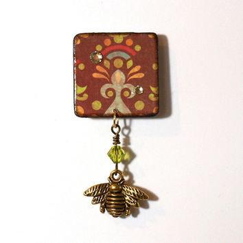 Bee Brooch Decoupaged Square Lapel Pin Brown by rrizzart on Etsy