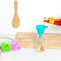 Kitchen - Collapsible Silicone Funnel