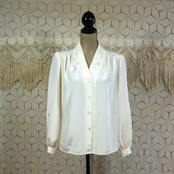 70s 80s Puff Sleeve Blouse Medium Cream Ivory Button Up Dressy Tops Cutwork Lace Collar Womens Vintage Clothing