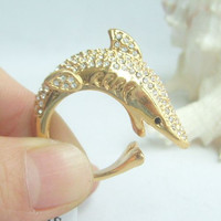 Golden Tone Rhinestone Cocktail Ring, Luxury Shark Fish Ring w Clear Rhinestone Crystal, Statement, CR497C2