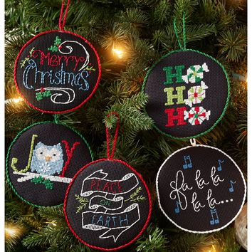 "Holly Jolly Ornaments Counted Cross Stitch Kit-4"" Round 14 Count Set Of 12"