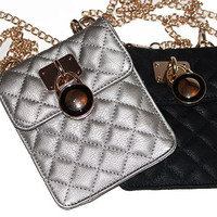 Quilted Cross Body Bag with Lock and Chain - HaileyMason, LLC Store