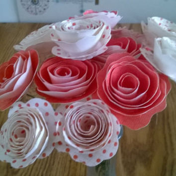 Red glitter polka dot Print Roses Spiral Paper flowers 12 rolled rosebuds one dozen Cardstock 12 flowers on stems Valentines day gift