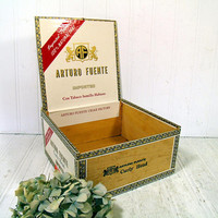 Wooden Cigar Box Arturo Fuente Curly Head Imported Con Tabaco Semilla Habano Decorated Deep Cigar Box for Collecting, Display or Repurposing