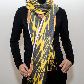 ikat women scarf, table runner, handmade scarf, hand dyed, yellow black ikat scarf, shawl, écharpe, Schal, bufanda, accessories