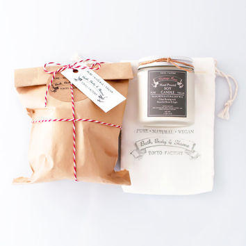 Gift 4 oz Soy Candle in a glass jar in a cotton muslin bag - with pure natural soy wax - Gift Ideas - Gift Wrapped - Candle Gift
