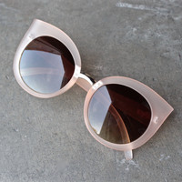 quay - dream of me matte cat-eye sunglasses - beige