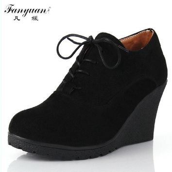 2017 New Wedges Women Boots Fashion Flock High-heeled Platform Ankle Boots Lace Up Hig