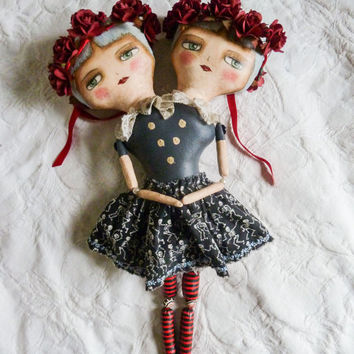 Leah & Norah - Conjoined Twins Circus Freak Doll