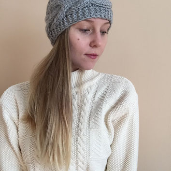 Knit Ear Warmer Headband • Light Grey • Handknit Wool Blend Yarn • Wide Headband • Earwarmer •