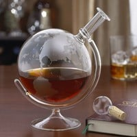 Wine Enthusiast Etched Globe Decanter