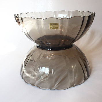 Arcoroc Smoke Brown Glass Bowl Set, Pair of Chocolate Brown Arcoroc Scalloped Glass Serving Bowls