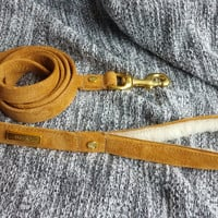 The HOUND Leash in Suede & Shearling