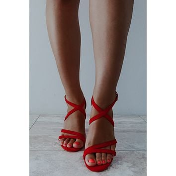 Picture Perfect Heels: Red