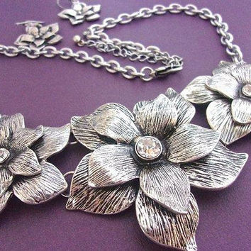 Silver Tone Flower Bib Necklace Earrings Set, Rhinestones, 3D Dimensional, Vintage