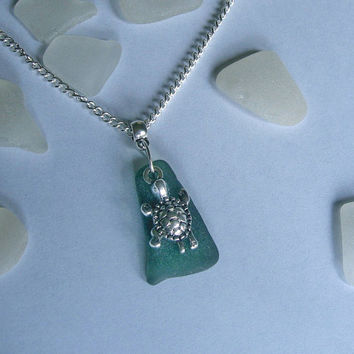 Sea turtle necklace. Green beach sea glass jewelry.