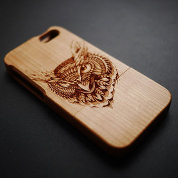 New Eagle Head Cherry Wood iPhone 5 5s Case - Wooden iPhone 5 5s Case - Real Wood iPhone 5 5s Case - Case iPhone 5 5s - Christmas Gift