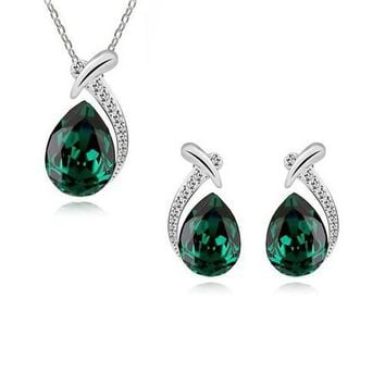 Emerald Daydream Necklace Earring Set