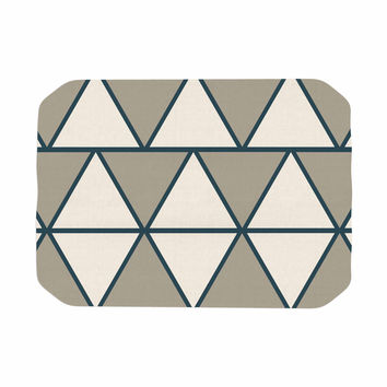 "NL designs ""Sandstone Triangles"" Beige Geometric Place Mat"