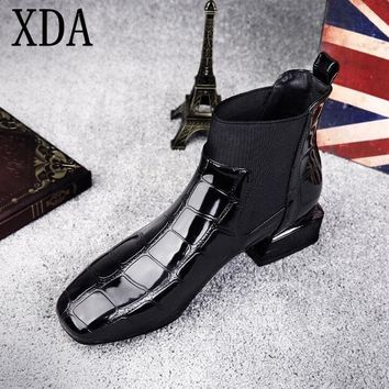 XDA 2018 fashion Plus Size 35-42 Women shoes square head Ankle Boots Patent leather Low-heeled Women's Boots martin boots F433