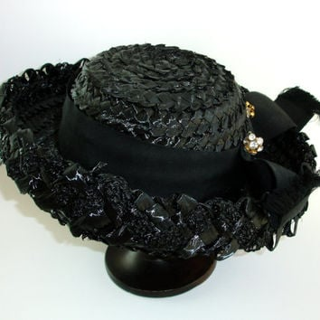Vintage Black Straw Hat, Cellophane Viscose Straw, Mid Century Hat, Grosgrain Ribbon Bow with Rhinestone Hat Pin, Ladies Hat in Original Box