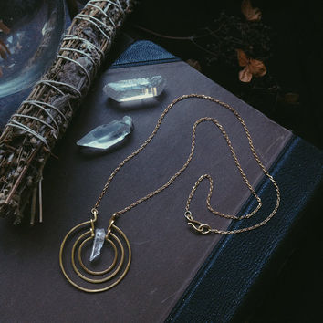 saule • clear quartz necklace - sun necklace - sun circle necklace - witch jewelry - circle pendant necklace - pagan jewelry -