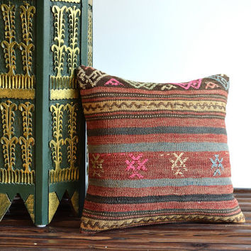 Vintage Handwoven Striped Kilim Pillow Cover - Multicolored Turkish Kilim Pillow Cover - Bohemian Home decor