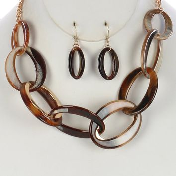 Brown Turtoise Lucite And Metal Chunky Link Bib Necklace And Earring Set