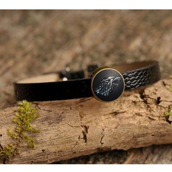 Movie Charm Bracelet Game Of Thrones Stark Wolf Glass Cabochon Art Picture Fashion Jewelry Black Leather Bracelet For Women