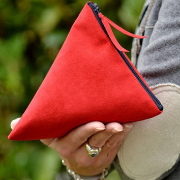 Purse simil suede / Clutch red with coloured zip/ handbag / clutch bag / Ladies handbag / wristlet purse / wristlet wallet / wristlet clutch