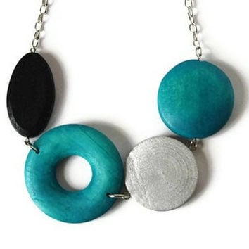 CIJ Sale 15% OFF Chunky Beaded Necklace in Teal, Black and Silver Gray. Wood Beaded Necklace.