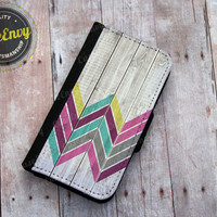Lovely Chevron Pattern on Wood- iPhone 5 / 5s Wallet case