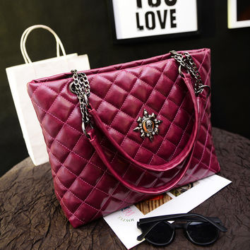 Women Classical Chic Bag On Sale = 4457630404