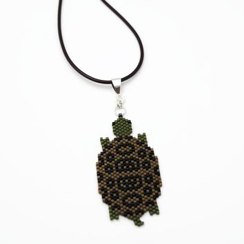 Large Terrapin Turtle Beaded Artisan Unisex Necklace On Adjustable Cord